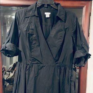 Ann Taylor V neck shirt dress, flared skirt
